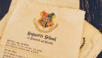 Harry Potter Guide - School Books at TygerOnline.com